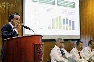 El titular del IMSS se reunió con ocho de los 10 directores de los grandes hospitales de la Ciudad de México, inauguró la Ludoteca infantil y recorrió las renovadas instalaciones del servicio de Hematología.