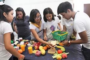 Las actividades se realizan durante un campamento en el Centro Vacacional IMSS Oaxtepec, donde los adolescentes aprenden a ser autosuficientes y a cuidar su salud.