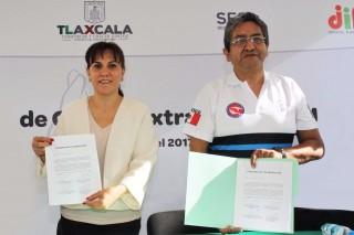 La Secretaría de Salud, el DIF y la Asociación de Cirugía de Mano firmaron un convenio de colaboración