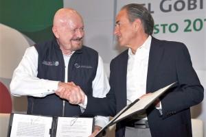 El convenio fue signado por el gobernador de San Luis Potosí la entidad, Juan Manuel Carreras López y el titular de CONADIC.