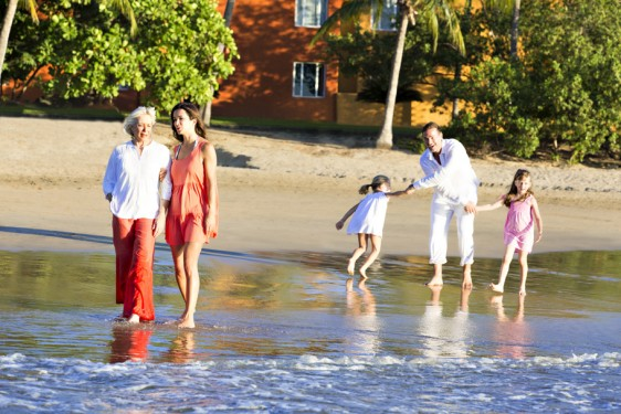Fundado en 1950, Club Med instituye el concepto original Todo Incluido.