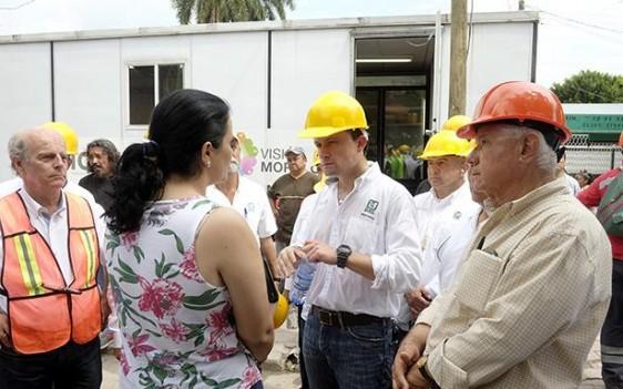 En Cuernavaca encabezó, junto con el representante presidencial en esta emergencia, Jorge Márquez, Oficial Mayor de la Secretaría de Gobernación, una reunión de trabajo con delegados federales de Morelos.