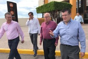 El secretario de Salud, José Narro Robles, y el Gobernador del Estado de Sinaloa la entidad, Quirino Ordaz Coppel, recorrieron el hospital para constatar su adecuado funcionamiento