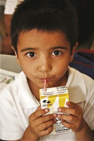 En México se ha logrado reducir la prevalencia de desnutrición infantil en 27% desde 1980.