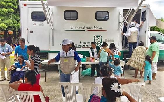 Las consultas se dan en 35 unidades médicas móviles del Instituto que atienden diariamente a 1,400 personas afectadas por los sismos del pasado 7 y 19 de septiembre.
