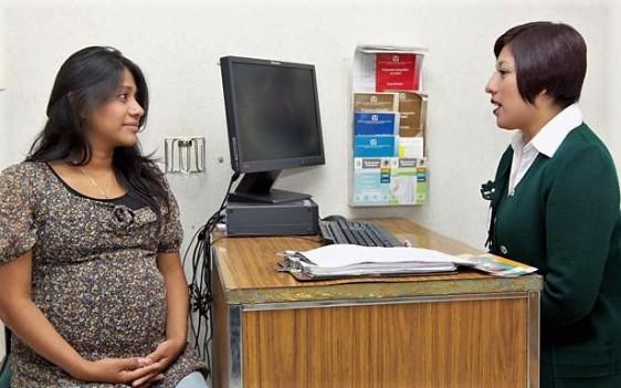 """El servicio de Biología de la Reproducción del Hospital de Gineco Obstetricia No. 3 de """"La Raza"""" resuelve problemas de infertilidad y ofrece tratamiento."""