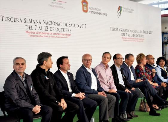 El doctor Narro Robles estuvo acompañado por el gobernador del Estado de México, Alfredo del Mazo, y los titulares del IMSS e ISSSTE, Mikel Arriola Peñaloza y José Reyes Baeza, respectivamente.