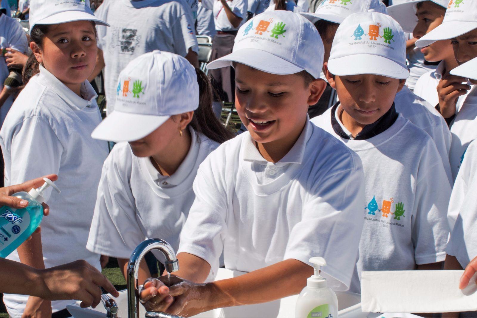 Zest y la Secretaría de Salud por el Día Mundial del Lavado de Manos