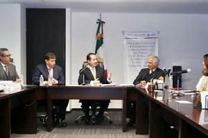 En esta iniciativa participan de manera coordinada la COFEPRIS, la Fundación UNAM y el Consejo Farmacéutico Mexicano