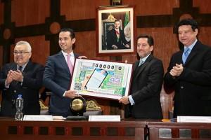 Se realiza sorteo conmemorativo por el 75 aniversario del IMSS