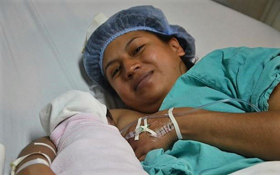Stephanie nació en el primer segundo de este año