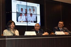 El doctor Arturo Ayala Arcipreste expuso que el reto más importante que enfrentó durante la operación -duró siete horas-, fue realizar el procedimiento sin afectar la funcionalidad del cerebro.