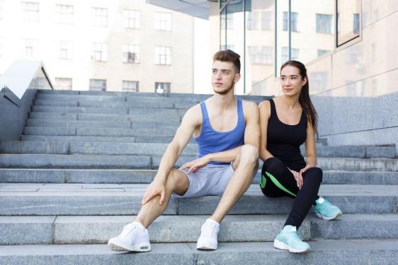 El conocimiento de estos motivos, por tanto, resulta vital para poder desarrollar programas de intervención eficaces y duraderos que permitan incluir la práctica de actividad física y deportiva dentro del estilo de vida saludable de los jóvenes universitarios.