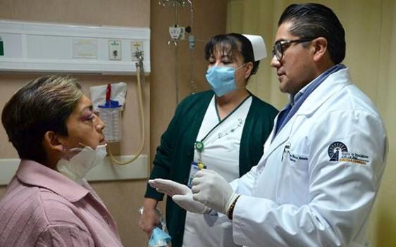 En el Hospital de Especialidades del CMN La Raza también se opera a derechohabientes con problemas de tiroides y en promedio al año se realizan alrededor de 700 cirugías.