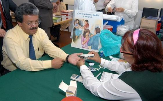 En los módulos PREVENIMSS se realizan alrededor de 6 millones de pruebas de detección de diabetes anuales.
