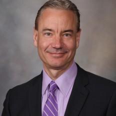 Dr. Edward R. Laskowski, experto en Medicina Física y Rehabilitación de Mayo Clinic