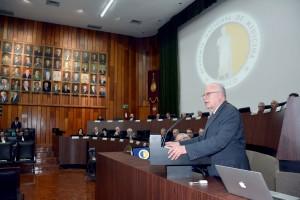 El Secretario de Salud, José Narro Robles, inauguró con la representación del Presidente Enrique Peña Nieto, el CLV Año Académico
