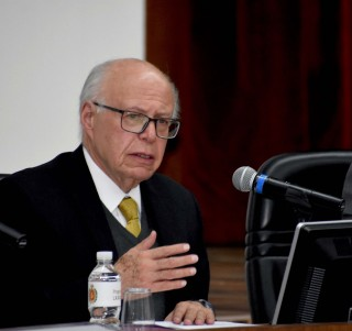 Dr. José Narro Robles