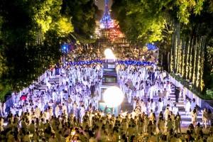 La Avenida Juventud Heroica, trazada a solicitud de Carlota de Habsburgo, última emperatriz de México, origen de lo que ahora es la avenida Reforma, una de las más reconocidas del mundo, fue escenario para la realización del magnífico picnic colectivo.
