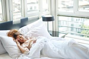 Un encuesta latinoamericana sobre el sueño llevada a cabo por Philips revela que el 75% de las personas citan condiciones médicas relacionadas al sueño como impedimentos para dormir bien.