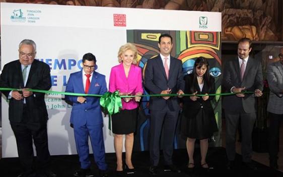 La exhibición fue inaugurada por el Director General, Tuffic Miguel, y estará abierta al público en el vestíbulo de las oficinas centrales del Instituto, todo abril.