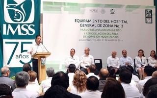 Acompañado por el gobernador del estado, Martín Orozco Sandoval, el Director General del IMSS, Tuffic Miguel, inauguró el área de admisión hospitalaria, en la que se invirtieron cerca de 3 millones de pesos, con el objetivo de incrementar la calidad y calidez de los servicios que se brindan a 417 mil derechohabientes.
