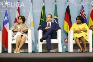 La directora de la Organización Panamericana de la Salud (OPS), Carissa F. Etienne, presentó un panorama sobre la medicina tradicional en la región de las Américas, en la apertura del 1º Congreso Internacional de Prácticas Integrativas y Salud Pública realizada este 12 de marzo de 2018 en Río de Janeiro, Brasil.