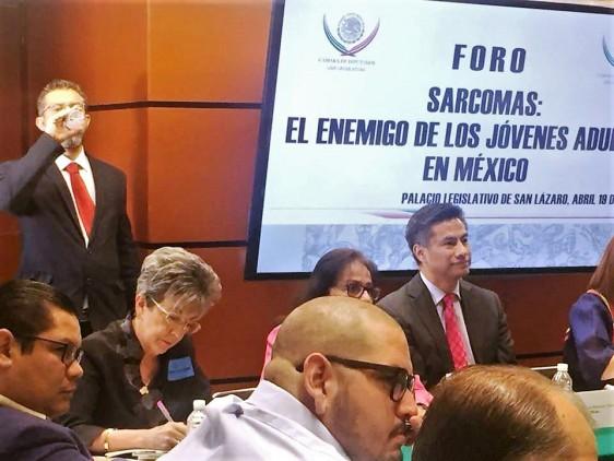 En México los Sarcomas de Tejidos Blandos son un tipo de cáncer que afecta a niños, adolescentes y adultos jóvenes de entre 15 y 39 años de edad