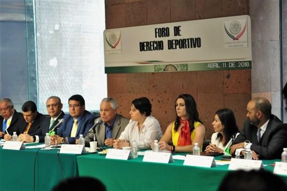 En San Lázaro, atletas de alto rendimiento pidieron a diputados contribuir a transformar las estructuras deportivas del país, así como impulsar la creación una secretaría federal del ramo.