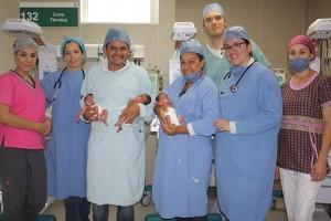 Se trata de 2 niñas y un varón que nacieron a las 33.5 semanas de gestación. Los 3 se suman a una familia que ya contaba con otros 4 hijos.