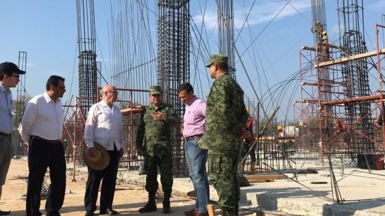 Continúa la construcción del Hospital General de Juchitán