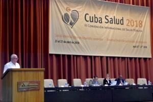 En su último día de actividades, el Secretario de Salud participó en la Reunión de la Asociación Latinoamericana y del Caribe de Facultades y Escuelas de Medicina, donde estuvo presente el director de la Facultad de Medicina de la UNAM, Germán Fajardo.