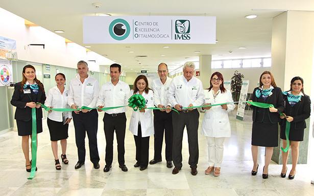 El Director General del Seguro Social, Tuffic Miguel, puso en operación el Centro de Excelencia Oftalmológica, que es parte del Modelo Preventivo de Enfermedades Crónicas