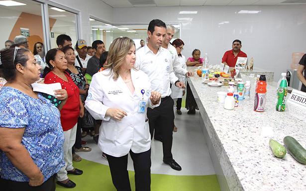 El IMSS en invierte esta entidad más de 2,800 millones de pesos en equipamiento e infraestructura, que incluye un nuevo hospital.