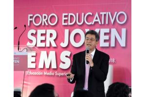 Pablo Kuri Morales en el Foro Educativo Ser Joven EMS