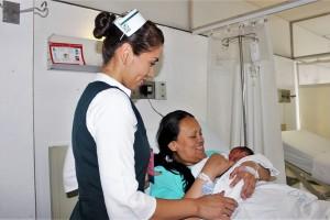 Tres niños y una niña nacieron por cesárea en la semana 34 de gestación, se encuentran estables y con buen pronóstico de salud.