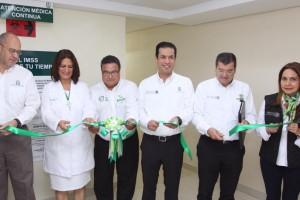 Durante la gira de trabajo acompañaron al titular del Seguro Social, el Director de Prestaciones Médicas, José de Jesús Arriaga, y la titular de la Unidad de Evaluación de Delegaciones, Angélica Moguel Orozco.