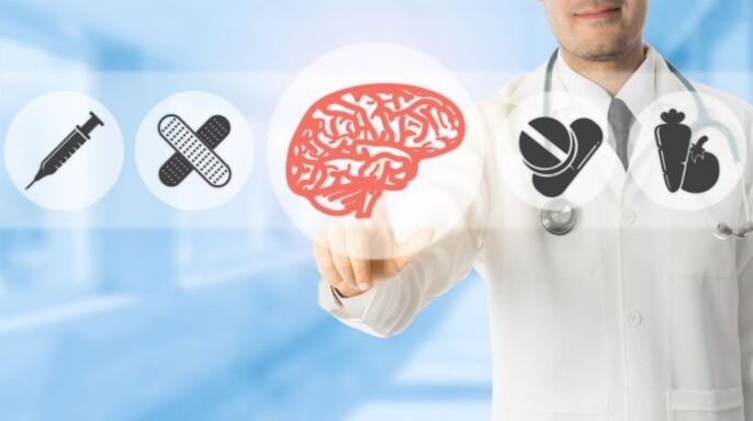 médico pulsando un icono con forma de cerebro