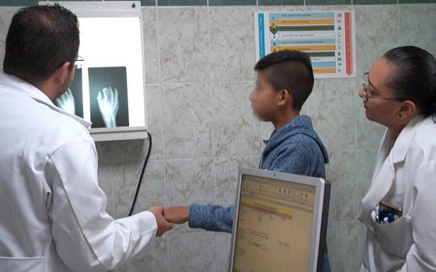 Especialistas del CMN Siglo XXI realizan jornada de cirugías reconstructivas en Zongolica, Veracruz