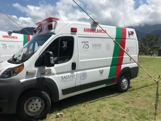 Narro Robles entregó seis ambulancias con un costo de más de seis millones de pesos.