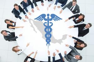 El sector salud gastó, en promedio, 3.7 millones de pesos al día en comunicación social de 2015 a 2017.