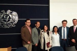 La conferencia contó con la participación del Dr. Aldo Suárez, Presidente de la Asociación Psiquiátrica Mexicana; Dr. José Mendoza, Coordinador de Investigación del Departamento de Psiquiatría y Salud Mental, de la UNAM; Jaqueline Cortés, Psiquiatra Adscrita al Departamento de Psiquiatría y Salud Mental de la UNAM; Yariela Delgadillo, Médico adscrita a los Servicios de Atención Psiquiátrica; Dr. Hamid Vega, Coordinador del Programa de Salud Mental de la Clínica Condesa; Dr. Leonardo de Benito, Psiquiatra; Dra. Silvia Morales, Coordinadora de Centros de Prevención de Adicciones de la Facultad de Psicología, UNAM; Dra. Silvia Ortiz, Jefa del Departamento de Psiquiatría y Salud Mental de la Facultad de Medicina de la UNAM.