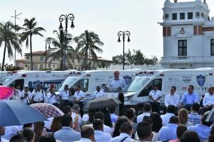 SALUD-20181008-Entrega-de-ambulancias-Veracruz