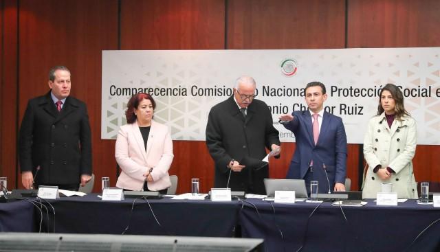 Comparecencia del comisionado nacional de Protección Social en Salud, Seguro Popular, Antonio Chemor Ruiz, ante la Comisión de Salud, que preside el senador Miguel Ángel Navarro Quintero, en el marco del análisis del VI Informe de Gobierno, en materia de política social.
