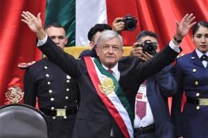 """""""A partir de ahora se llevará a cabo una transformación pacífica y ordenada, pero al mismo tiempo profunda y radical, porque se acabará con la corrupción y con la impunidad que impiden el renacimiento de México"""", Andrés Manuel López Obrador, Presidente de México"""