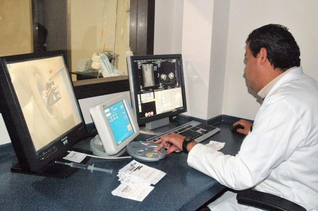 Al año se diagnostican cuatro mil 500 casos de cáncer testicular.