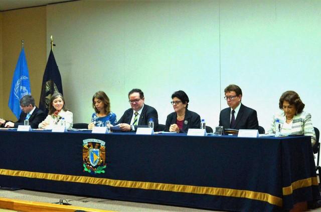 William Lee Alardín. Mónica González Contró, Belén Sanz Luque, Leonardo Lomelí Vanegas, Magalys Arocha, Alberto Vital Díaz y Gloria Ramírez Hernández.