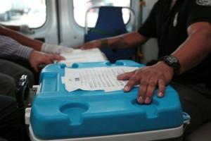 Los órganos destinados a pacientes de la Ciudad de México arribaron en un helicóptero de la Fiscalía General de la República, al helipuerto del Hospital de Traumatología de Magdalena de las Salinas, para posteriormente dirigirse en ambulancia a La Raza y a Siglo XXI.