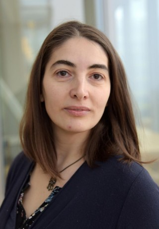 Luiza Ghila está investigando sobre células flexibles para curar la diabetes.