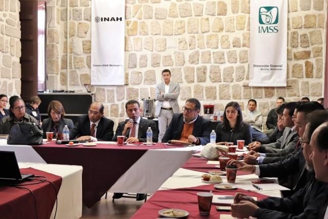 Se realizó la conferencia de orientación en las oficinas del Instituto, ubicadas en el Palacio Federal de Morelia, a fin de que los patrones cuenten con herramientas que les permitan cumplir con esta obligación.